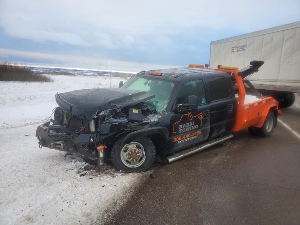 Close Call Prompts Saskatchewan Tow Operator to Urge Motorists to Slow Down